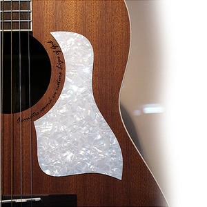 Log - White Pearl Pickguard (Taylor type)